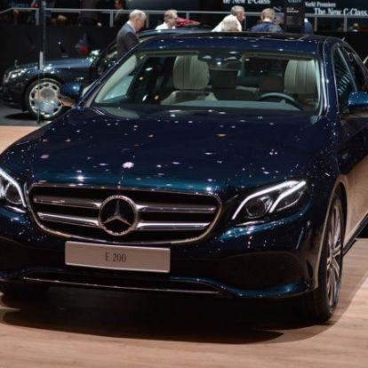 Genfi üléspróbán az új Mercedes E-osztály - a kategória Csillaga