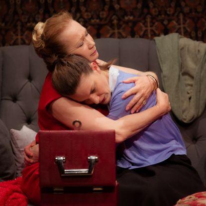 Rendbe jöhet egy félresiklott anya-lánya kapcsolat?