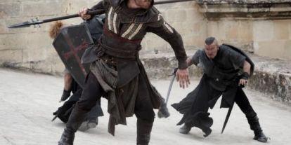 Képeket kaptunk az Assassin's Creed-filmből