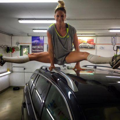 Látványos fitneszmutatvány az autó tetején