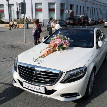 Luxusautó vitte Szabó Zsófit az esküvőre