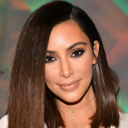 9 félhosszú frizura nőies nőknek - A pasik is imádják