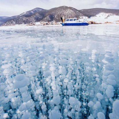 Csodálatos fotók a jégbe fagyott Bajkál-tóról