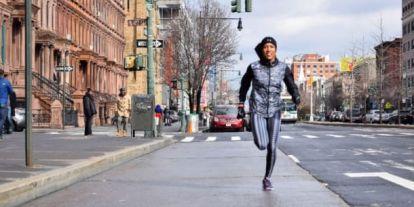 4 nő éppen New Yorkból Washingtonba fut - de vajon miért?