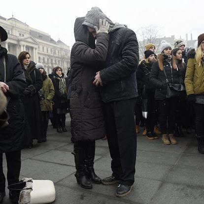 Busztragédia: nem lehet hetekig, hónapokig csak erről beszélni