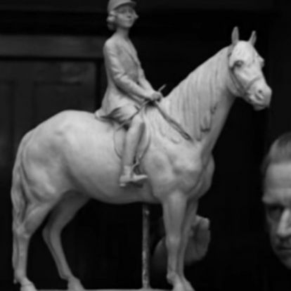 Filmhíradó: pillantson be a XX. század egyik legfontosabb magyar szobrászának műhelyébe