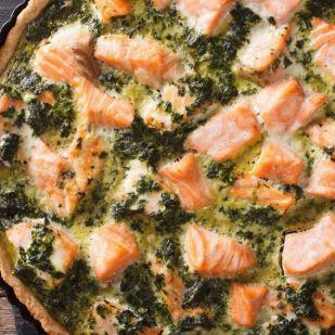 Kapásból tudunk egy receptet bármikorra: spenótos-lazacos pitetorta