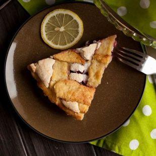 Rusztikus rácsos almás pite, eperrel felturbózva