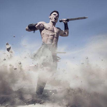 Testépítőből gladiátor