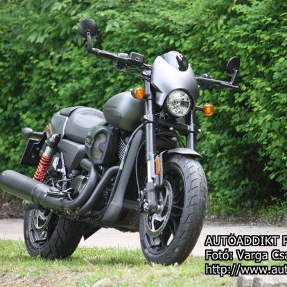 [TESZT] Harley-Davidson Street Rod – fiatalos formaterv némi adrenalinnal