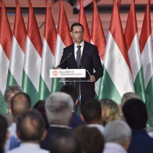 Varga Mihály: jelentős gazdasági sikereket ért el Magyarország