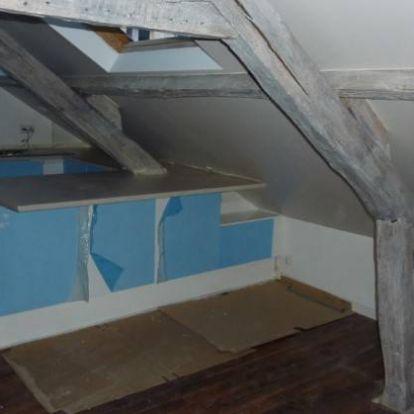 Így lesz egy padlásból álomszép tetőtéri lakás