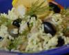 Tonhalas rizssaláta színes olívabogyóval