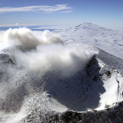 Ismeretlen életformák rejtőzhetnek az antarktiszi jégbarlangokban