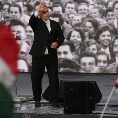 Orbán harcba hív, hogy ne legyünk homo brüsszelicusok