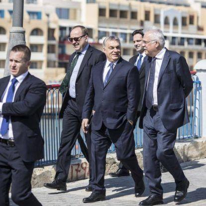 Az olaszok nyűgjei felett tanakodnak, Orbán kedvenc egyeteme 80 milliót ítélt meg nekik