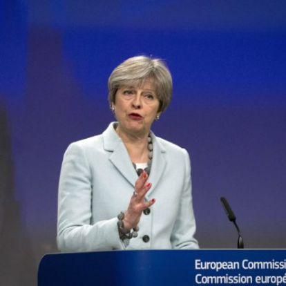 Theresa May nagyon optimistán áll a Brexithez