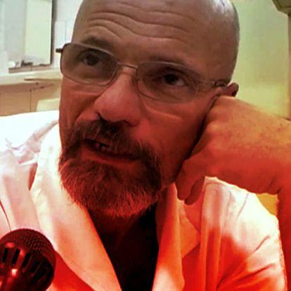 Zacher Gábort is feljelentették, mert ő volt az ügyeletes, amikor több órás várakozás után meghalt egy nő a sürgősségin