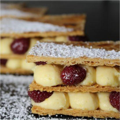 Joghurtos, málnás Mille-feuille