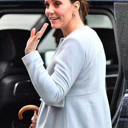 Hoppá: Meghan Markle átveszi Katalin hercegné helyét