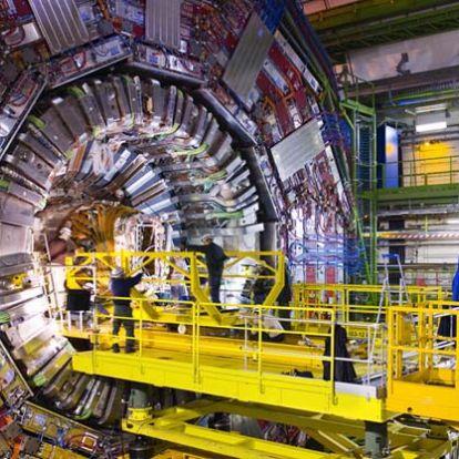 A CERN kutatóinak sikerült meghatározniuk a W-bozon tömegét