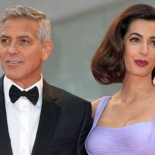 Így nyerte vissza szülés után bomba alakját Amal Clooney