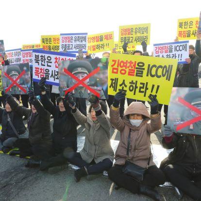 Tiltakozók próbálták megakadályozni, hogy a tűzparancsot kiadó, észak-koreai tábornok eljusson a téli olimpiára