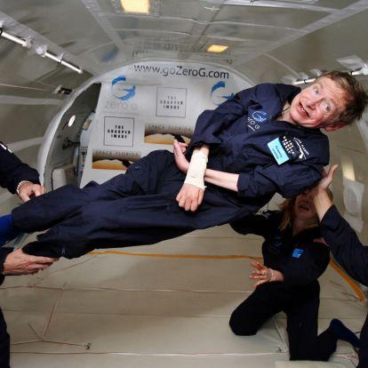 """Hawking: """"Az intelligencia az a képesség, amely lehetővé teszi az alkalmazkodást a változáshoz"""""""