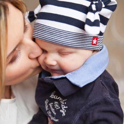 Szülőnek lenni külföldön: hol hogyan támogatják?