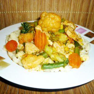 Zöldséges csirke házi galuskával