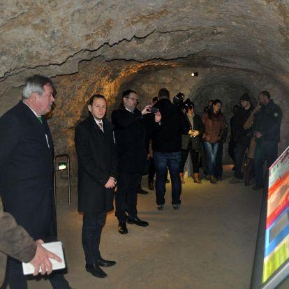 Már látogatható a megújult pécsi Tettyei-mésztufabarlang