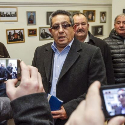 Fiktív számlákkal szerzett pénzből kampányolt volna az ORÖ-elnök