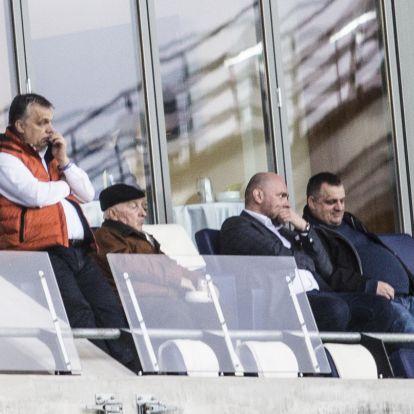 Orbán Viktorral együtt nézett meccset a miniszterelnök testvéréhez közel álló, állami pályázatokon taroló vállalkozó