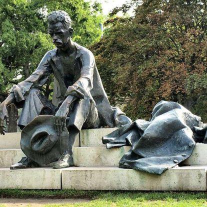 Költészet napja: 12 magyar vers 12 híres előadótól