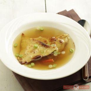 Csirke leves csirkemellből tésztabatyuval recept - kipróbált csirkehúsleves receptek képpel - Receptvarázs – receptek képekkel