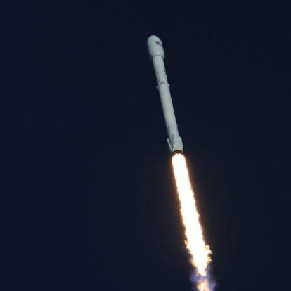 Útnak indították a NASA új exobolygó-vadász űrszondáját
