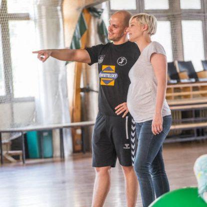 Gyermekáldás miatt távozik az SZKKA edzője