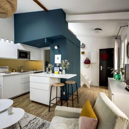 Elhanyagolt tetőtérben tökéletesen kialakított kis lakás galériával - 30m2, fiatalos és kreatív