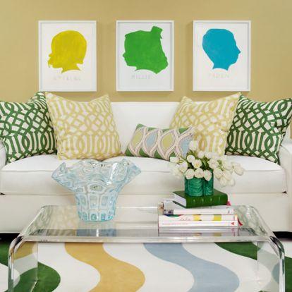 Te milyen színűre festetnéd legszívesebben a nappalidat?