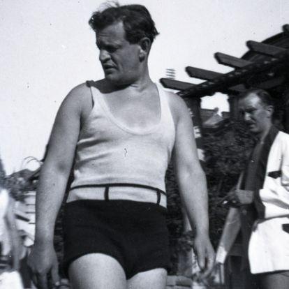 Hullámfürdő záróra előtt – testek a harmincas évekből