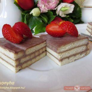 Tejfölös-kekszes sütemény recept - Sütemények - Kipróbált, fényképes sütemény receptek a receptvarázson. - Receptvarázs – receptek képekkel
