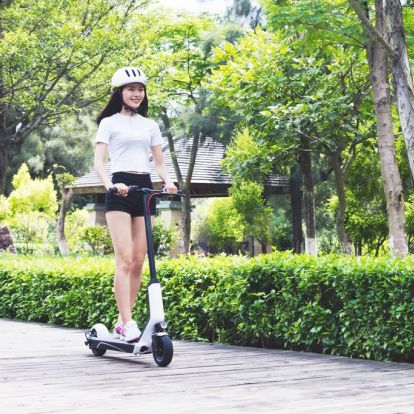 Xiaomi Euni ES808 elektromos roller - Teszt