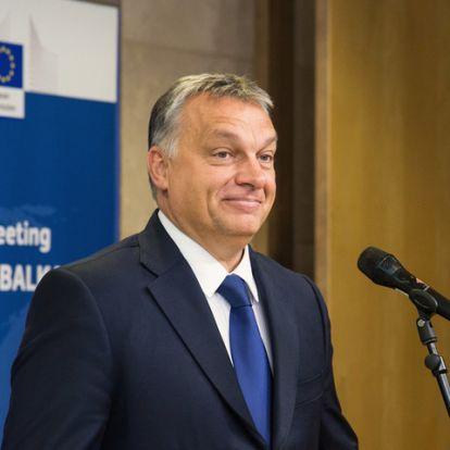 """Az orbáni """"egyenes beszéd"""" célja"""