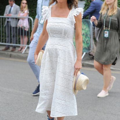 Kismamaként is divatdiktátor - Pippa Middleton ebben mutatta meg pocakját