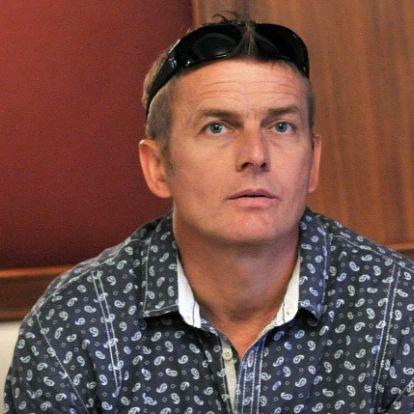 Elbukhatja a kártérítést a motorbalesetért Rékasi Károly