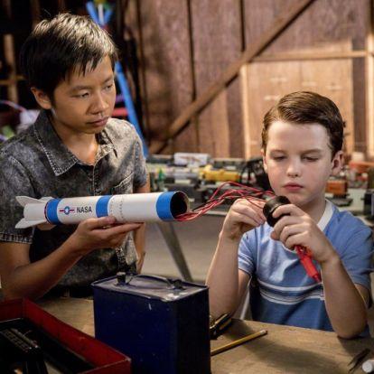 Sheldon már gyereknek is iszonyú idegesítő, csak kevésbé vicces