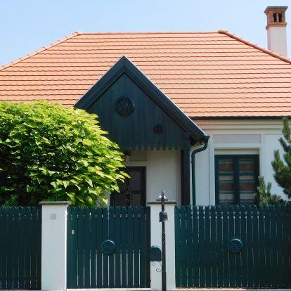 Mézeskalács házak utcája a határon