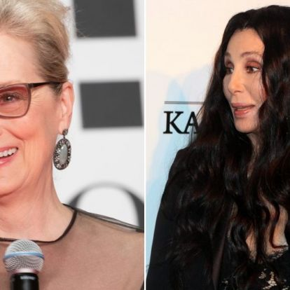 Meryl Streep és Cher csókot váltott a Mamma Mia premierjén