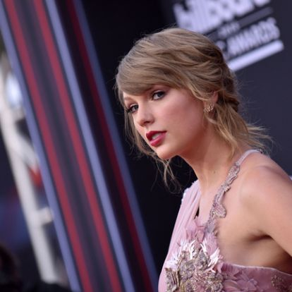 Taylor Swift is játszik majd az új Macskák-filmben