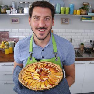Elronthatatlan desszert: nektarinos-túrós pite Németh Ádámtól